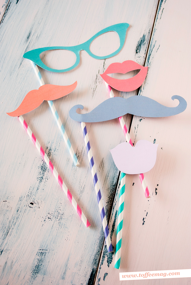 Cute printable photo booth props – FREE inside Toffee magazine!